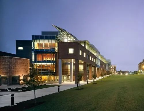 美国第一所理工科大学原来是它!这所大学的学术制度你了解过吗?