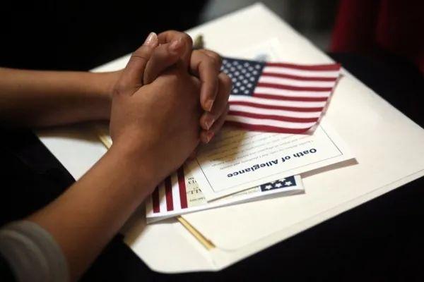 美国面签服务开放,如何抓住机会一次就过?