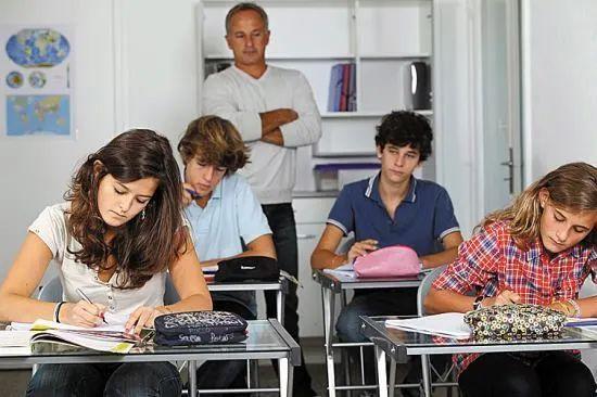 留学被开除竟然都是因为这几件事!中美规定大不相同!
